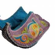 Handmade felted slippers Aladdin with embroidery. GIFT PACKAGED. READY